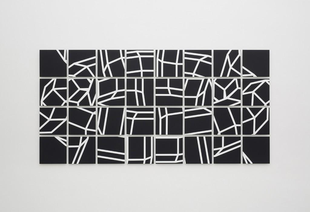 Swip, 2017, Gesso,Acryl auf Leinen,Alu, 32 Tafeln à 32x32cm 134x217cm